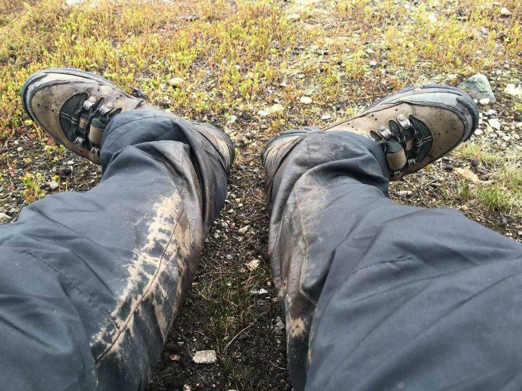 엉망이 된 신발과 옷. 이 정도는 아주 양호한 편이다.