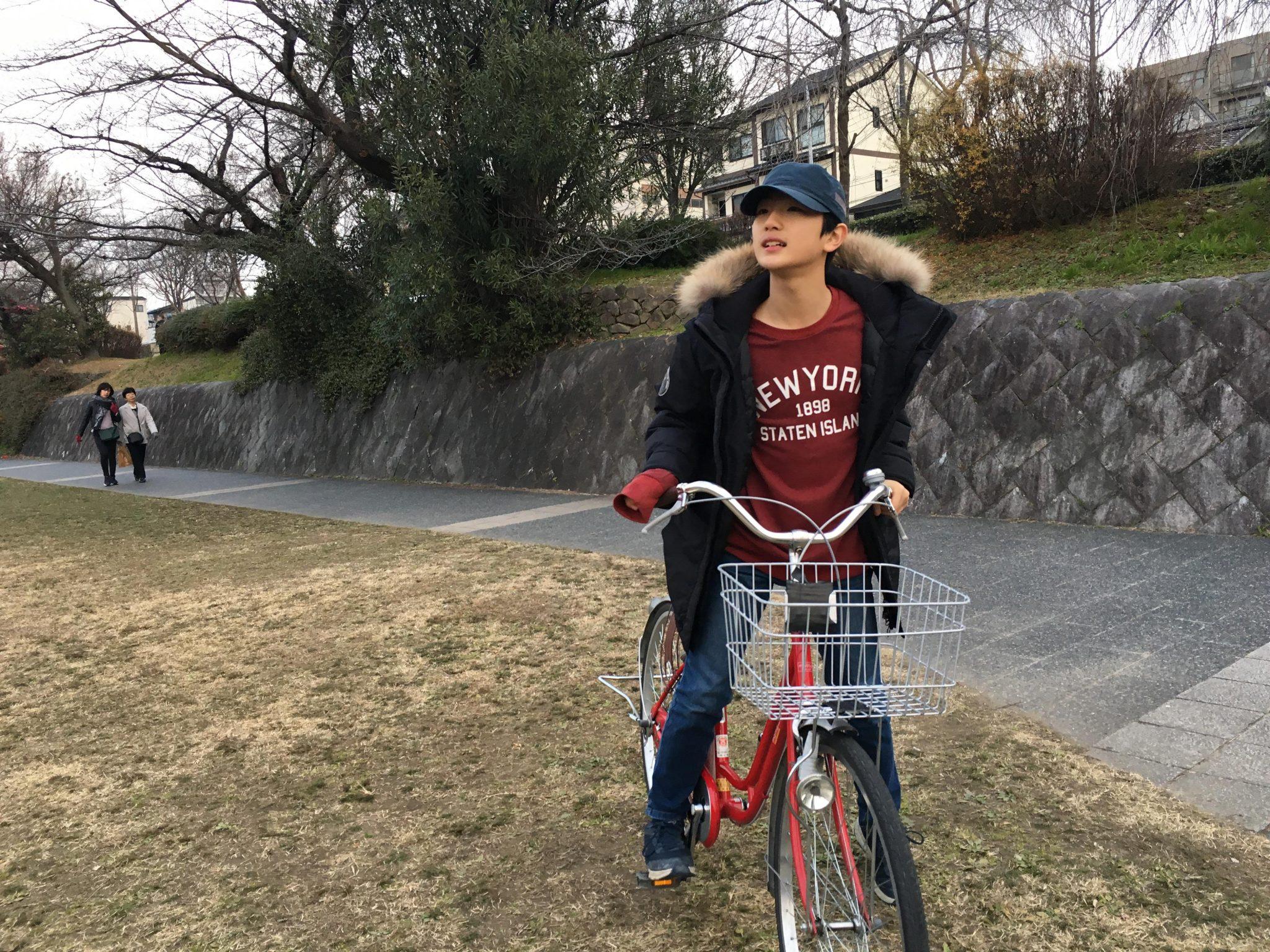 일본 교토 가모가와 자전거